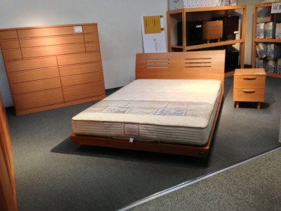 ベッドのアウトレットセール